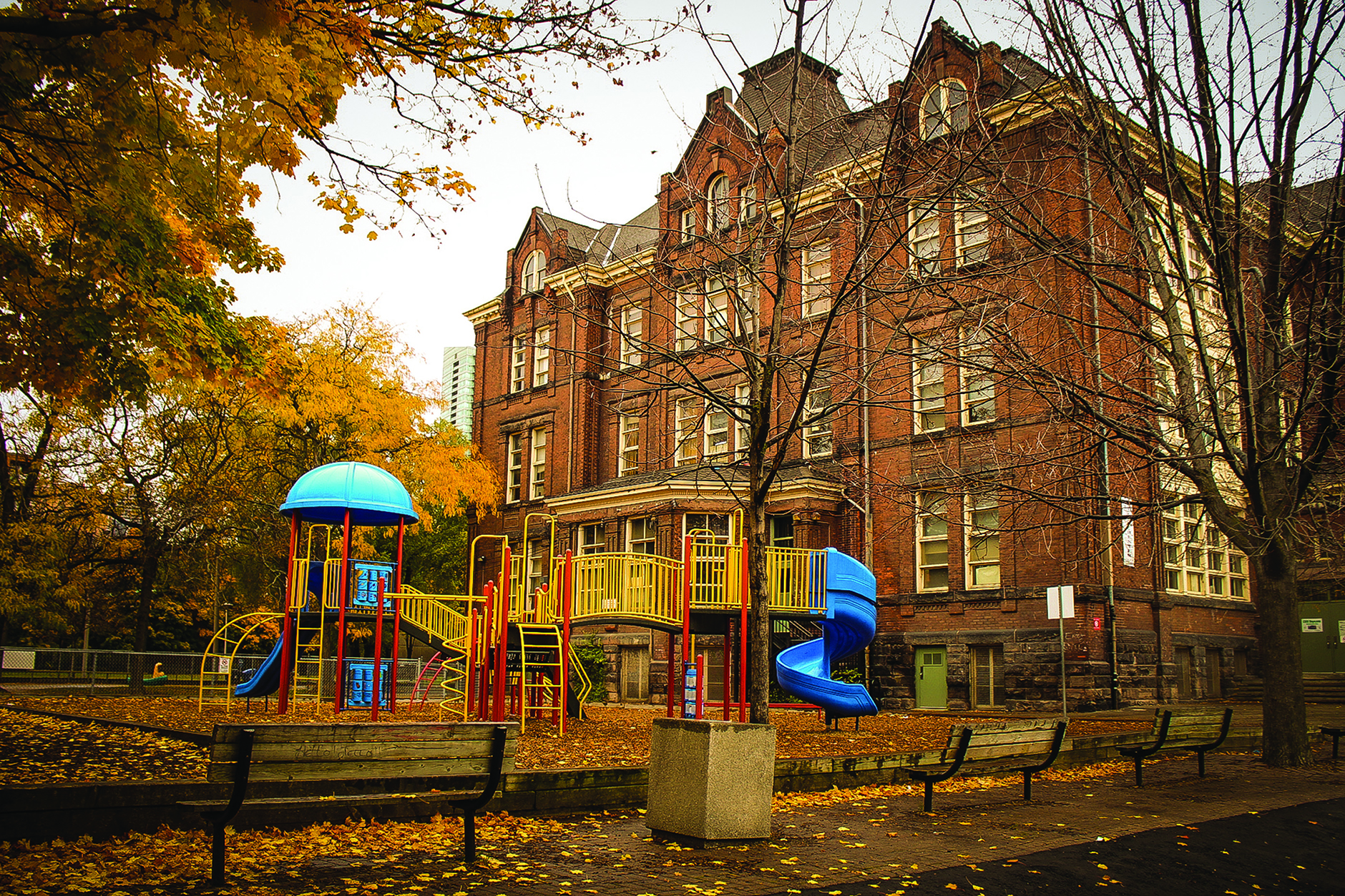 Winchester Public School, seen in the distance, educates both St. James Town and Cabbagetown residents. VIVEK SRIKANTHAN/THE VARSITY