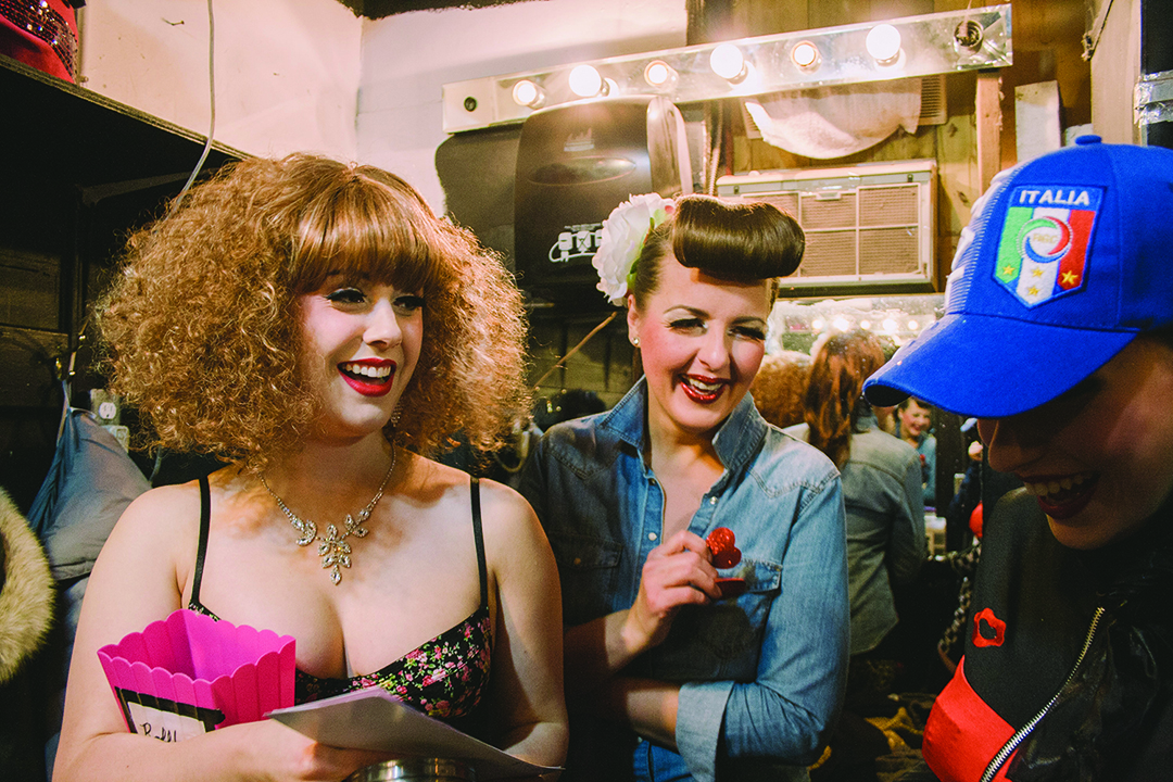 Backstage: burlesque dancers getting ready.
